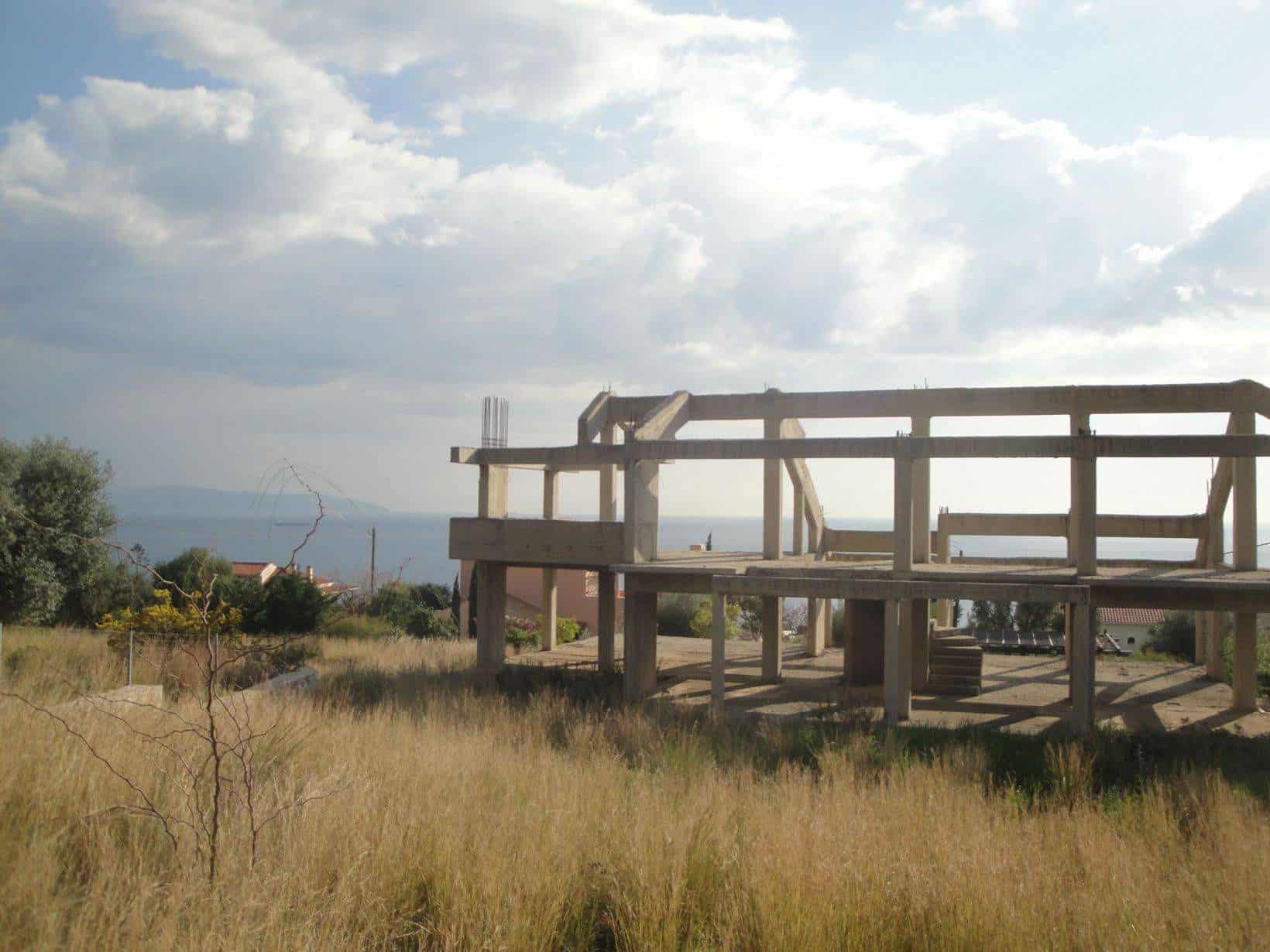 House frame for sale in Vlachata