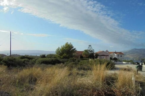 Plot for sale in Helmata