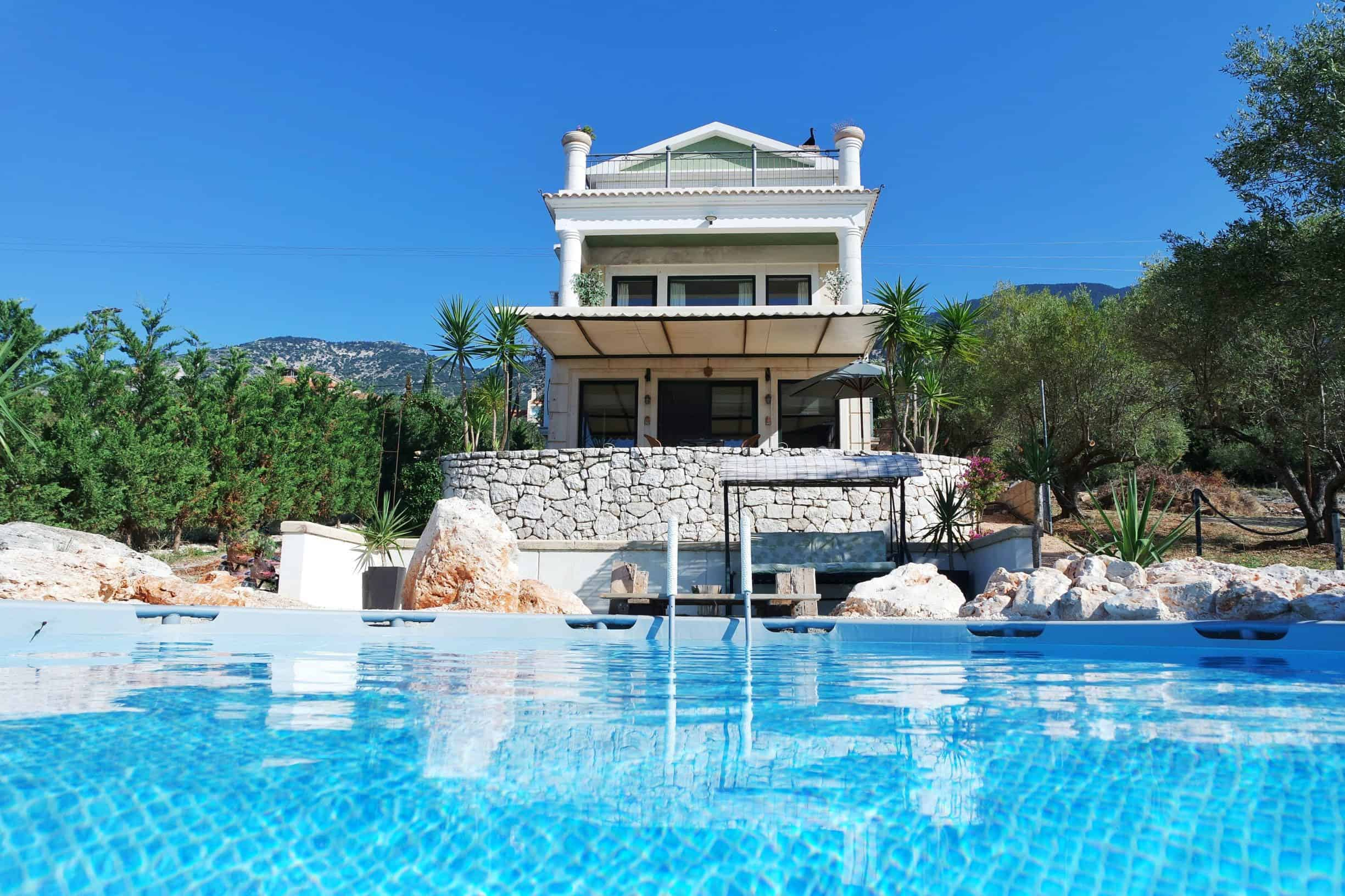 Villa for sale in Mousata